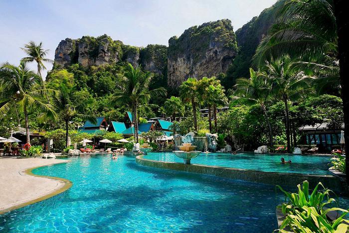 LHR & Dewa Phuket